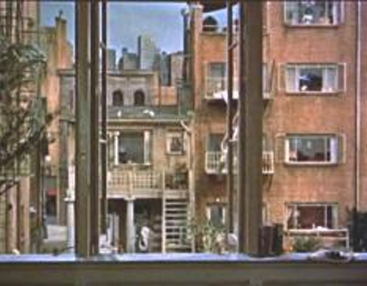 あらすじ 裏窓 映画【裏窓】あらすじと観た感想。オチ難解だけど覗きは楽しい│天衣無縫に映画をつづる